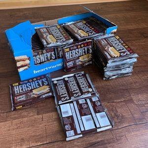 Hershey's 6 full size milk chocolate 6 43g bars